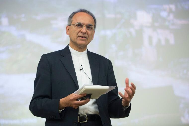 Pavan Sukhdev, especialista indiano em desenvolvimento sustentável e economia verde, em palestra promovida pela Fundação Renova