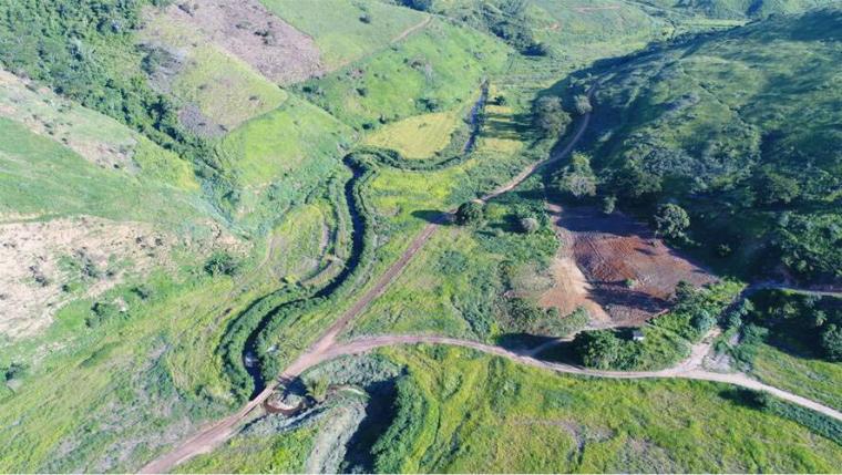 Afluente do rio Gualaxo do Norte recuperado | Foto: Golder Associates