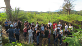 PUC Minas students visit the original district of Bento Rodrigues