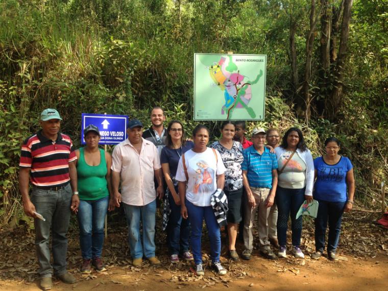 Ao todo, 125 pessoas da comunidade de Bento Rodrigues visitaram o terreno de Lavoura, para conhecer de perto um pouco mais sobre como será o novo distrito.