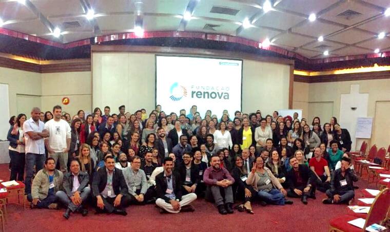 Nova equipe do 0800 e Fale Conosco participa de processo de integração com a Fundação Renova.