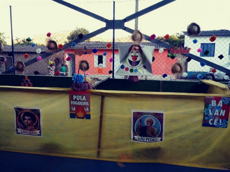 Comunidade de Gesteira realiza festa junina.