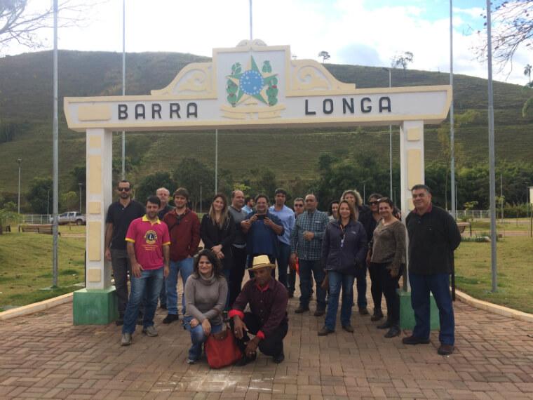 Advisors visit the renovated square of Barra Longa.