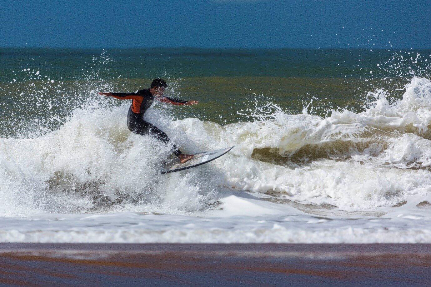 Tríplice Coroa Quebra Onda de Surf será um marco na história do esporte capixaba