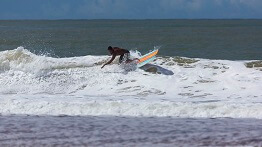 SECOND ROUND TRIPLE CROWN OF WAVE BREAK SURFING TAKES PLACE IN PONTAL DE IPIRANGA